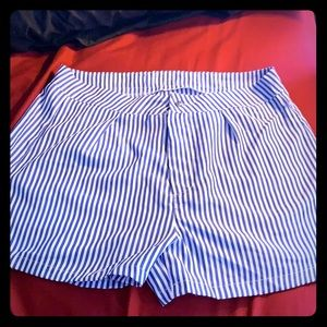 Pants - Cute navy blue and white striped shorts